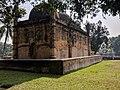 নয়াবাদ প্রাচীন মসজিদ দক্ষিণ পশ্চিম হতে.jpg