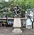 -2018-07-11 Sir Thomas Browne Statue, Norwich, Norfolk (2).jpg