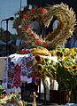 076 Dekoration zum Erntedakfest mit ukrainischen Motiven am 18. August in Mokre am Oslawa (2013).JPG