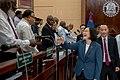 08.17 「同慶之旅」總統於貝里斯國會演講,和在場嘉賓握手感謝.jpg