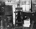 13x18 Primitief privaat onder de vloer van de schoenmakerij, Bestanddeelnr 256-0338.jpg
