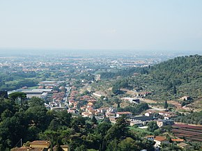 18-09-09 View of Ponte di Serravalle from the Rocca Nuova.jpg