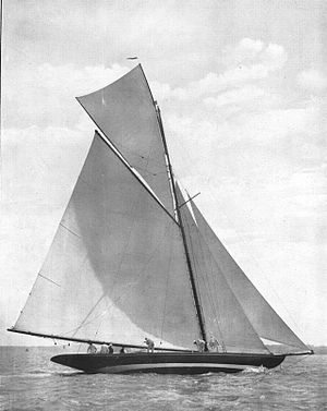 International rule (sailing) - the 15mR Ma'oona in 1908