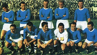 History of S.S.C. Napoli - Hasse Jeppson (standing, second from right) and Bruno Pesaola (crouched, first from left) with Napoli teammates in the 1953–54 season.