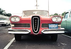1958 Edsel Roundup (Front View).jpg
