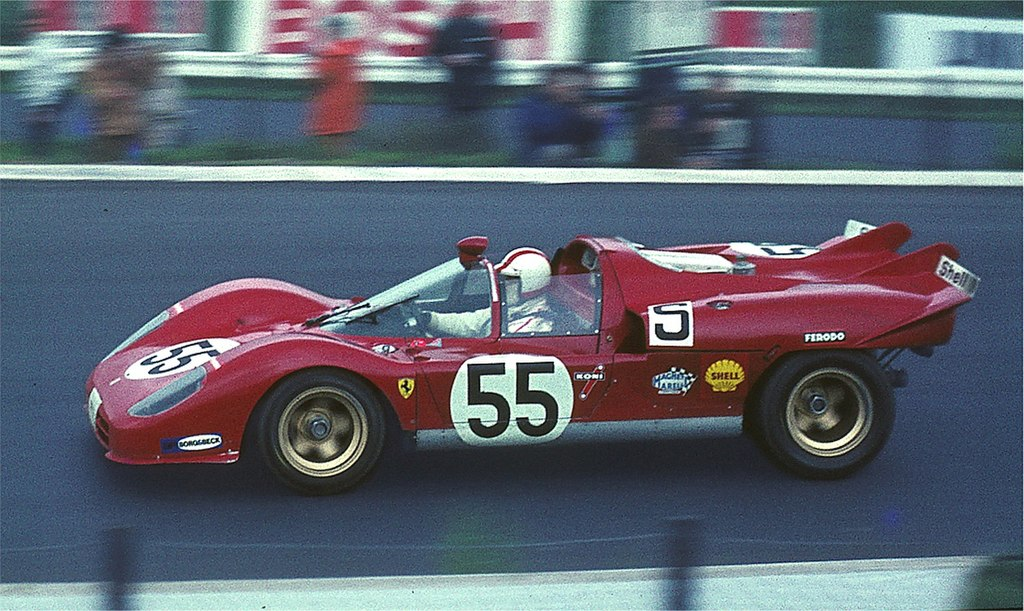 Nécrologie - sports mécaniques (Nino Vaccarella) - Page 10 1024px-1970-05-31_N%C3%BCrburgring_Ferrari_512S_Vaccarella