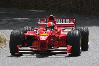 Ferrari F300 - Image: 1998 F1 car Ferrari F300 Goodwood 2009