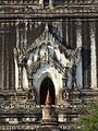 19 Bagan (179a) Thatbynnyu tempelj (4).JPG