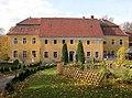 20051026080DR Kleinwolmsdorf (Arnsdorf) Rittergut Herrenhaus.jpg