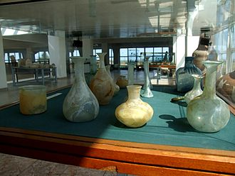 History of glass - Roman glass