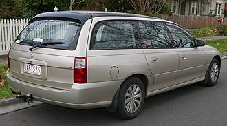 Holden Commodore (VZ) - The station wagon version of the VZ Commodore was only available in the Executive, Acclaim (pictured), Berlina, SVZ and Lumina variants