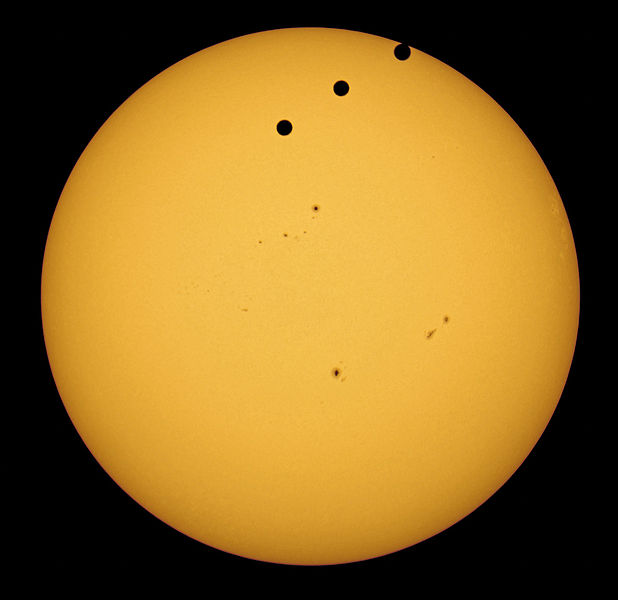 ملف:2012 Transit of Venus from Amman, Jordan.jpg