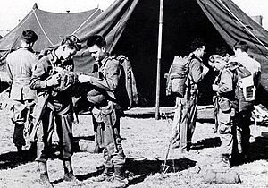 17th Airborne Division (United States) - Members of the 466th Parachute Field Artillery Battalion prepare for Operation Varsity.