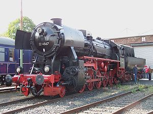DRB Class 52 - Image: 52 4867 HEF Hafenbahn Frankfurt 21092008