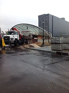7 subway extension 34th Street main entrance 2.JPG