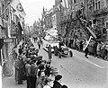 8 oktober viering in Alkmaar met optochten in teken van de sport, Bestanddeelnr 906-7726.jpg