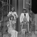ABBA - TopPop 1974 2.png