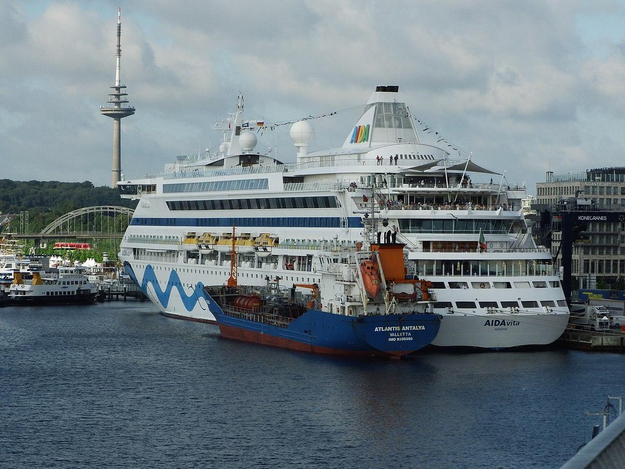AIDAvita in Kiel.jpg
