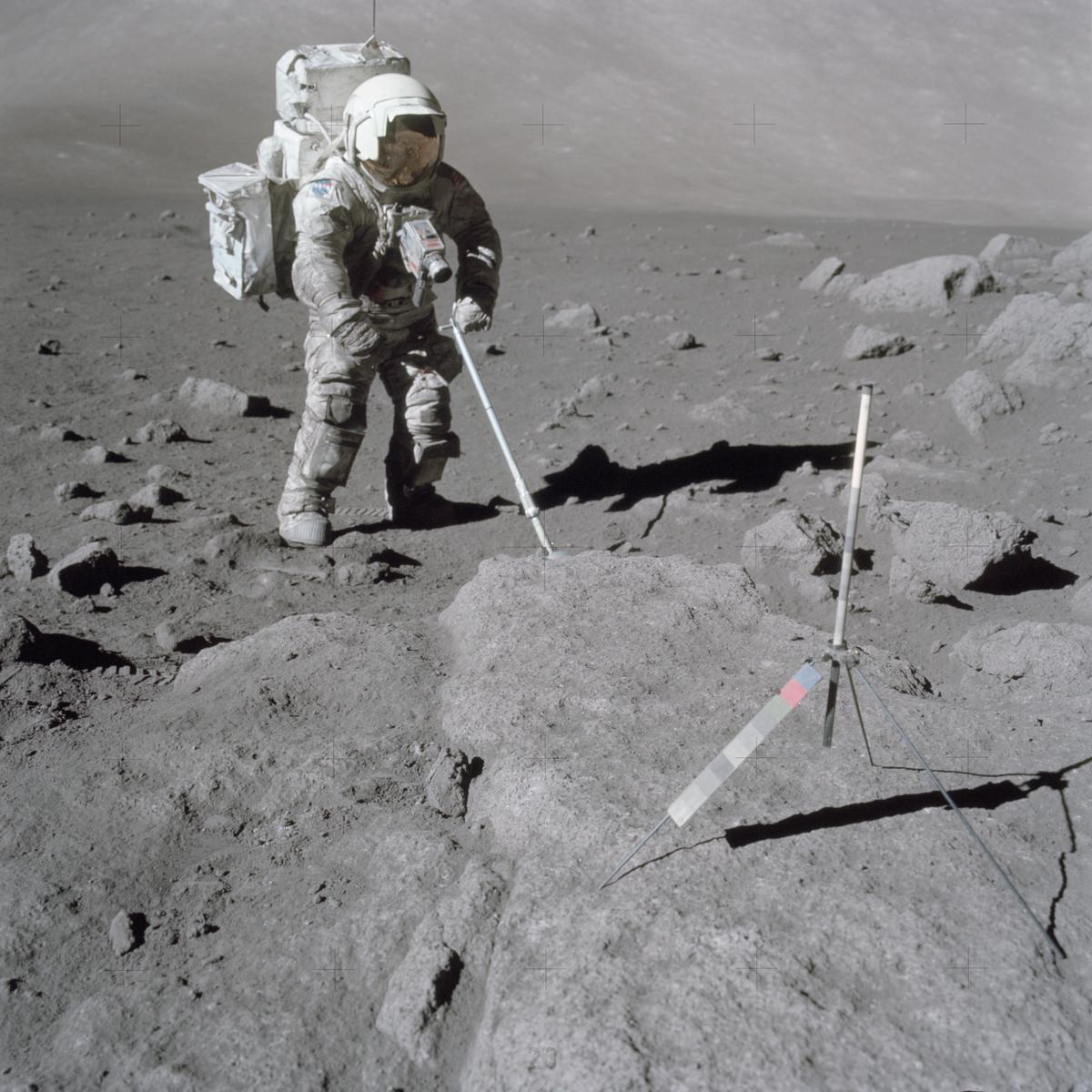 lunar dust in space - photo #15