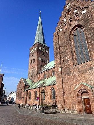 Midtbyen, Aarhus - Image: Aarhus Cathedral (Bispetorvet)