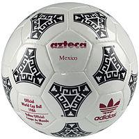 Adidas Azteca 1986.jpg