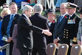 Chief of Navy (Australia) - Vice Admiral Russ Shalders, the then Chief of Navy, being greeted by then Prime Minister of Australia Kevin Rudd at the 2008 National Anzac Day Service, Australian War Memorial, Canberra