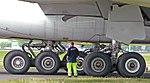 Airbus A380 Fahrwerk crop.jpg