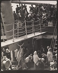 Alfred Stieglitz - The Steerage - Google Art Project.jpg