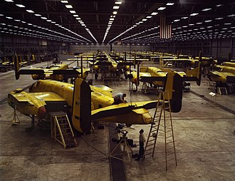 North American B-25 Mitchell - North American B-25 Mitchell production in Kansas City in 1942