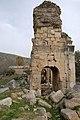 Anavarza Triumphal arch in Anazarbus 2755.jpg