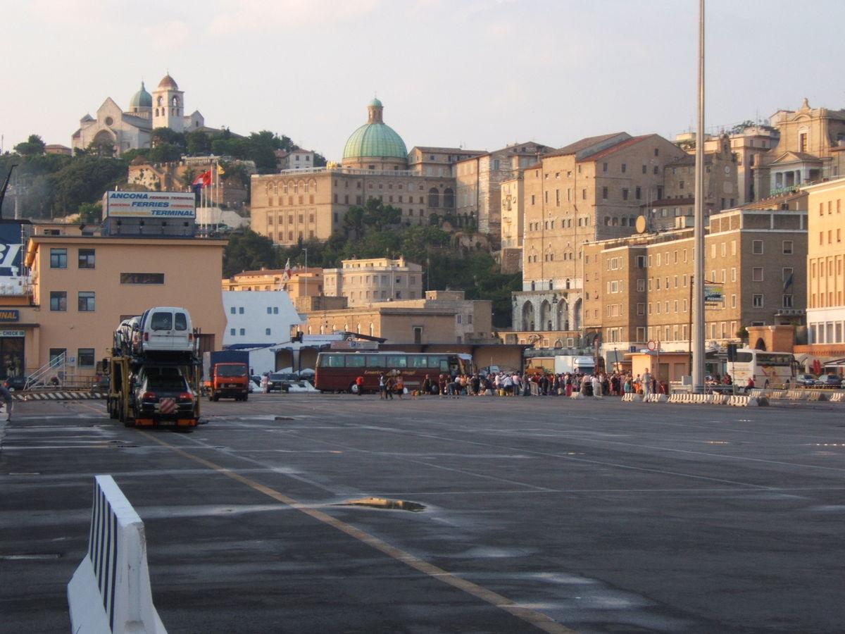 Ufficio Verde Comune Di Ancona : Comune di castelleone di suasa provincia di ancona