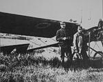 Antonin Brocard Delage mai 1913 devant Deperdussin.jpg