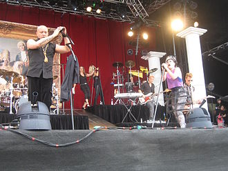 Aqua (band) - Aqua performing live in 2009. From left to right: René Dif, Søren Rasted, Lene Nystrøm and Claus Norreen.