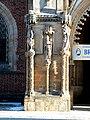 Archikatedra św. Jana Chrzciciela we Wrocławiu, filar płn. portalu głównego.jpg