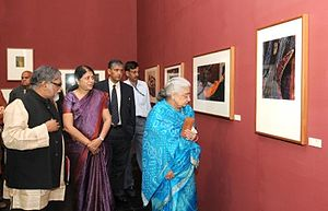 The Last Harvest: Paintings of Rabindranath Tagore - Art historian R. Siva Kumar accompanies the Culture Minister of India