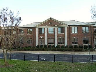 Auburn City Schools - Image: Auburn Junior High School Auburn Alabama