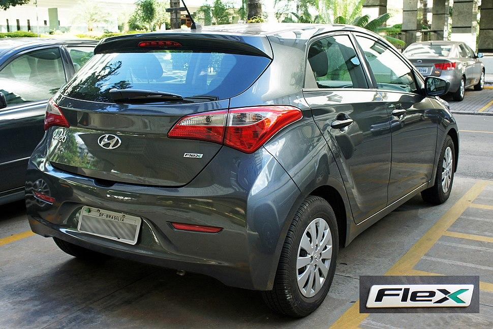 BSB 03 2013 Hyundai HB20 Flex 6208 w flex badge