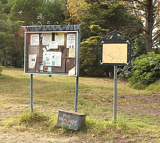 Balmoral, New South Wales (Southern Highlands) - Image: Balmoral Village Notices