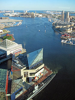 Baltimore Harbor.  Image: Iracaz.