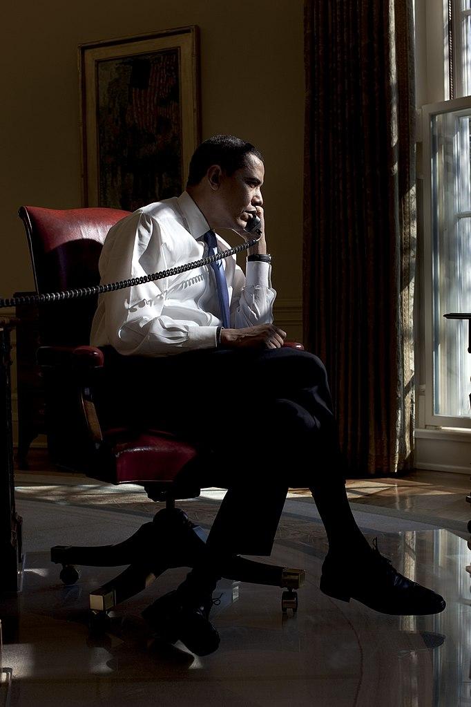 filebarack obama in his oval office feb 2009jpg fileobama oval officejpg