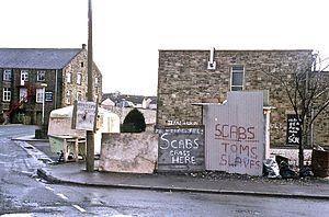 Barnoldswick - The longest strike – Silentnight picket line in June 1986
