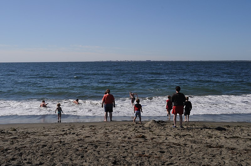 Beach at Westport, WA 01.jpg