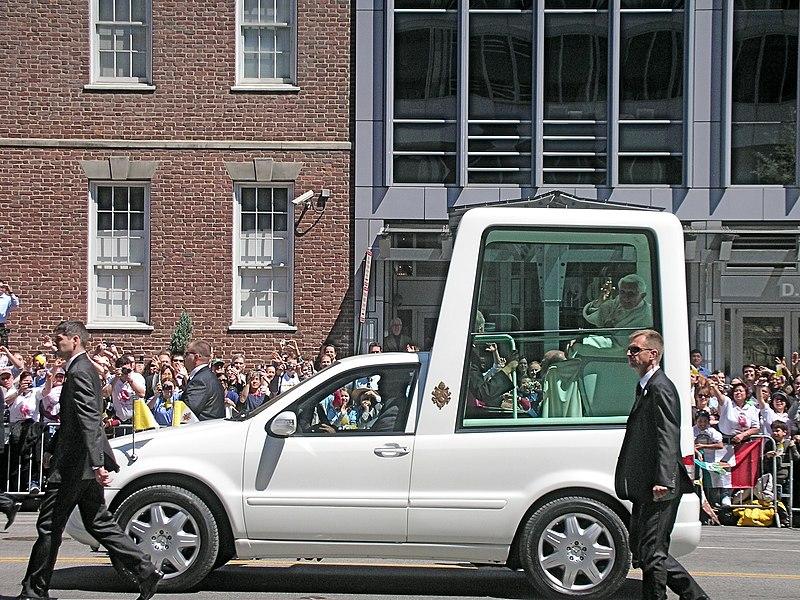 Benedict XVI in Washington 1.JPG