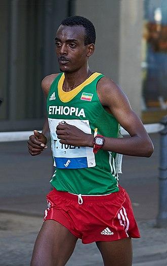 Tamirat Tola - Tamirat at the 2015 Berlin Marathon