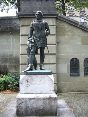 Nydeggkirche - The Zähringer monument in Nydegghöfli