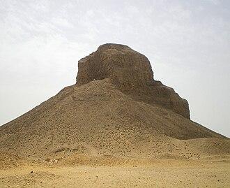 Pyramid of Amenemhat III (Dahshur) - Image: Black Pyramid of Amenemhat III