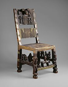 Brooklyn Museum 22.187 Chief's Chair.jpg