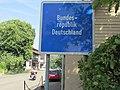 Bundesrepublik Deutschland - Schild an der Faehrstrasse Plittersdorf - panoramio.jpg