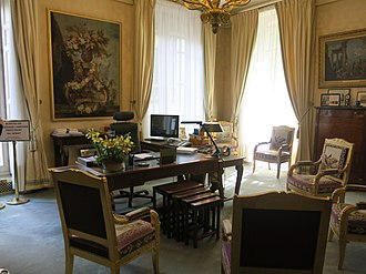 Senate (France) - Image: Bureau du president du senat 3