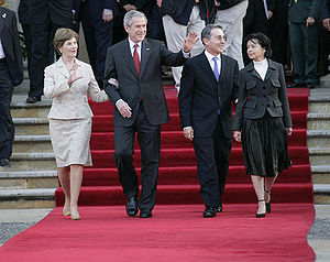Colombia–United States relations - Uribe and Bush in Bogotá, with their wives in 2007.